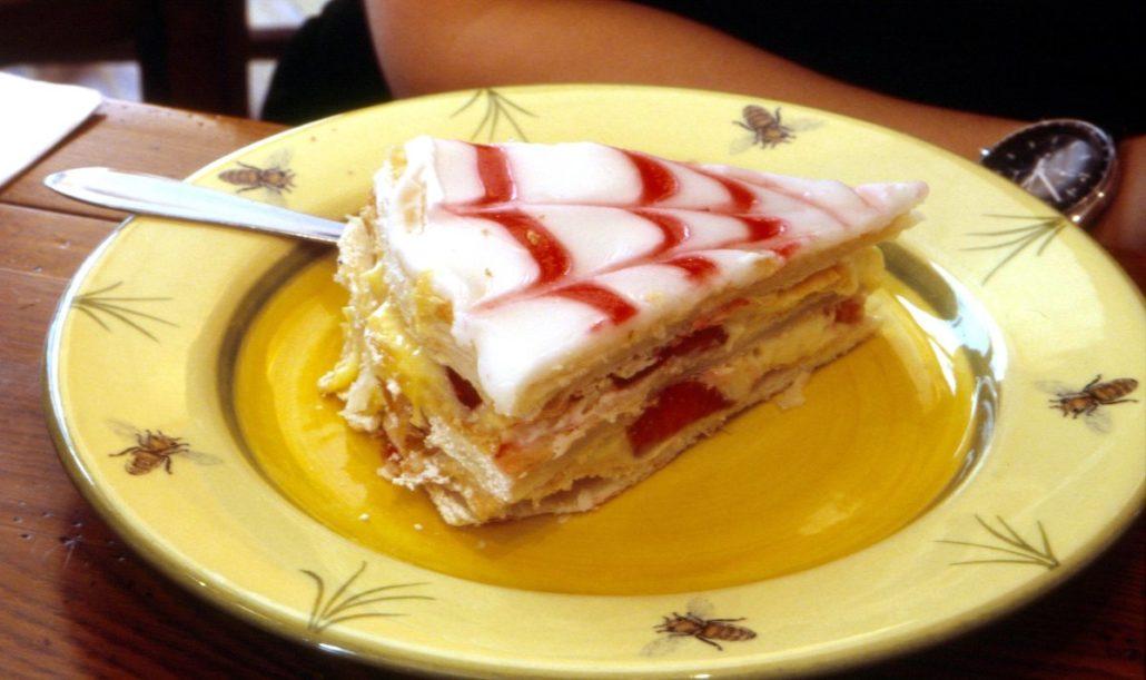Bánh cưới millefoglie ở Italia