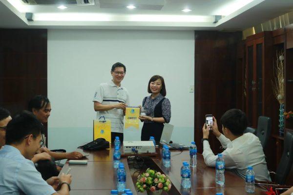 Giao lưu đoàn nghiên cứu sinh trường đại học Yuntech- Đài Loan