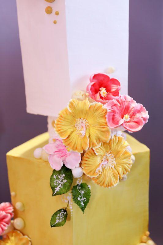 Ý nghĩa của Hoa Dâm Bụt, trang trí bánh kem hoa dâm bụt