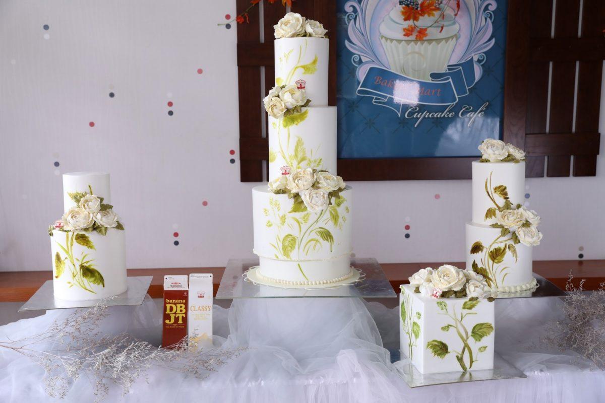 set trang trí bánh kem giấc mơ hoa
