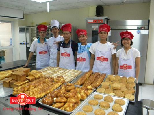 Học Làm Bánh Mì Chuyên Nghiệp 2017: Kỹ Thuật Làm Bánh Mì