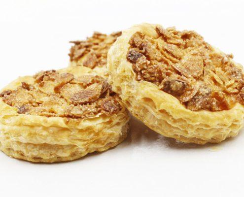 Bánh Crispy Almond Pastry – bánh cán lớp phủ hạnh nhân