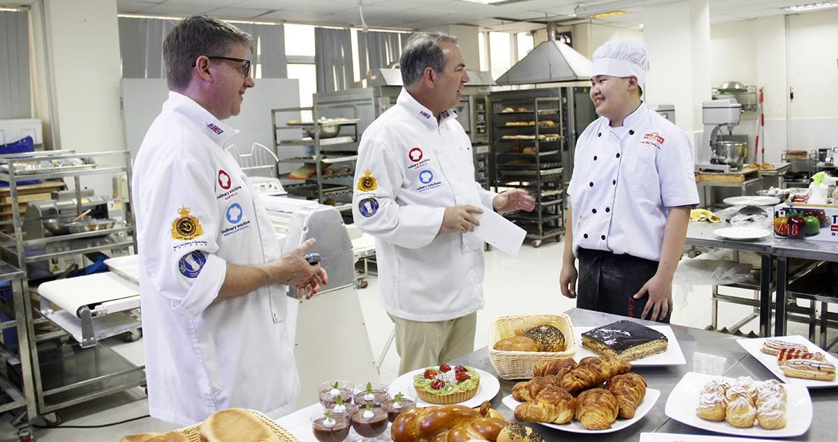 học làm bánh chứng chỉ quốc tế của úc