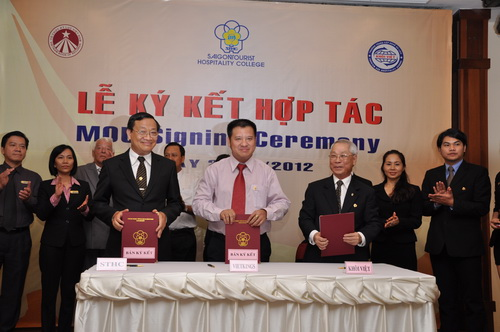Lễ ký kết ghi nhớ hợp tác trong ngành Du lịch 05
