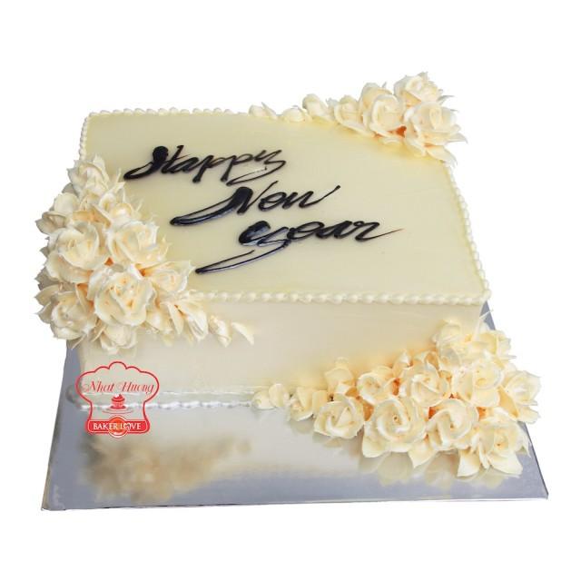 bánh kem chúc mừng năm mới